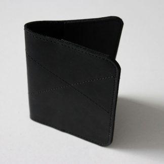 обложка-на-паспорт-черная-Керри